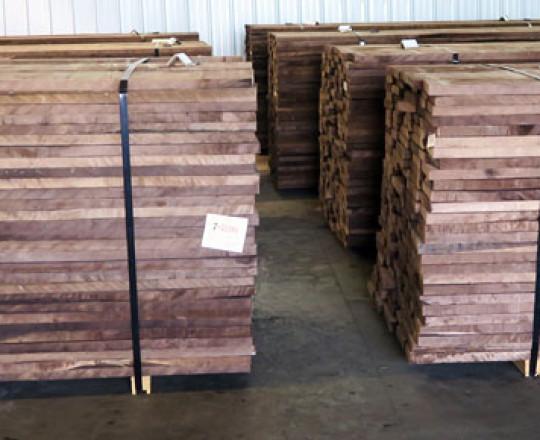 Dried lumber - Random Width -Walnut